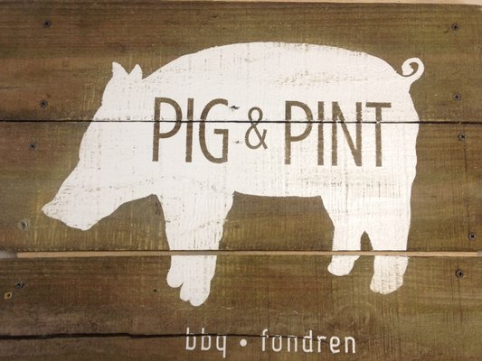 Pig and Pint logo_Jackson,MS