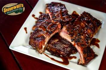 BBQ Ribs at Stonewall's BBQ & Catering in Picayune, Mississippi